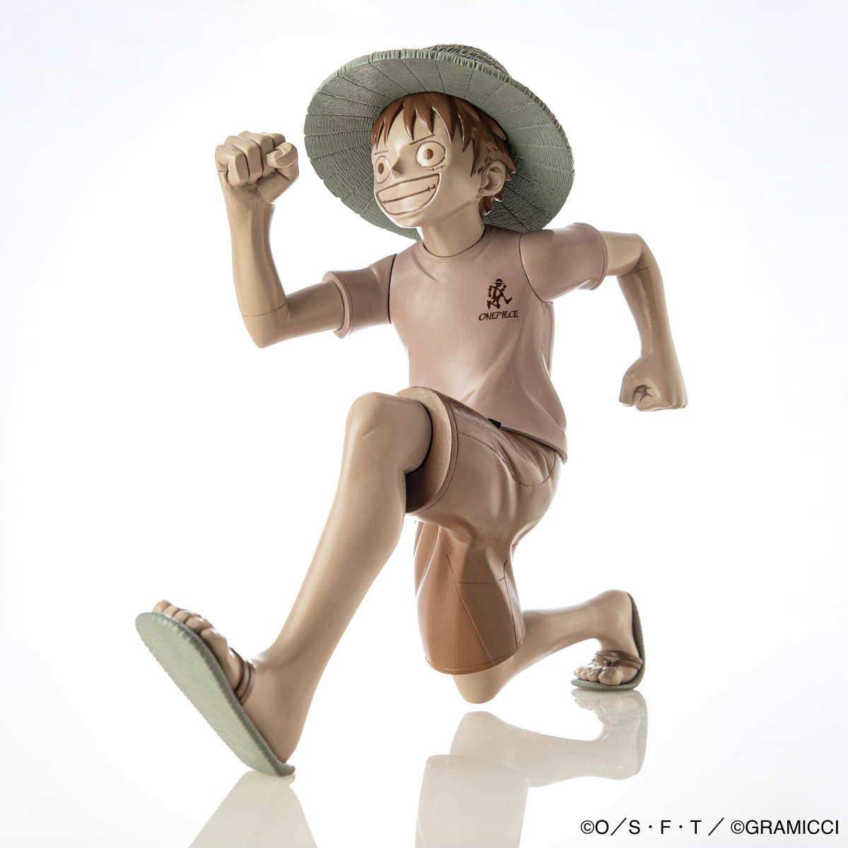 HKDSTOY GRAMICCI x ONE PIECE [Luffy 'Running man'] Sepia